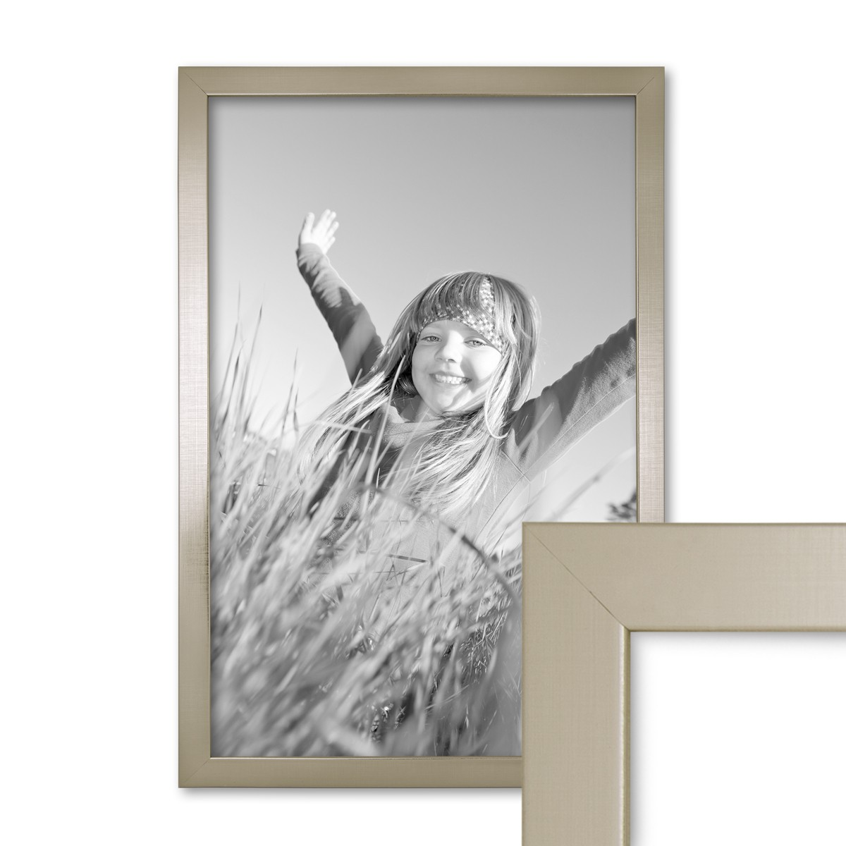 bilderrahmen 30x42 cm din a3 silber modern massivholz rahmen mit glasscheibe inkl zubeh r. Black Bedroom Furniture Sets. Home Design Ideas