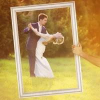 Hochzeit-Bilderrahmen für beeindruckende Hochzeitsfotos Hochzeitsspiele oder als Hochzeits-Rahmen und Photo-Booth Zubehör 40x60 cm Farbe Weiß – Bild 1