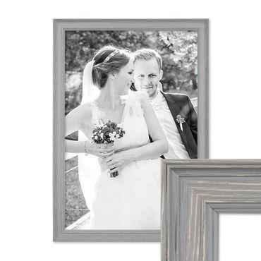 Bilderrahmen Skandinavischer Landhaus-Stil Grau-Braun 30x45 cm Massivholz mit Shabby-Chic Note / Fotorahmen / Wechselrahmen