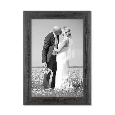 Bilderrahmen 20x30 cm Schwarz Modern Massivholz-Rahmen mit Maserung mit Glasscheibe und Zubehör / Fotorahmen
