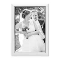 Bilderrahmen 21x30 cm / DIN A4 Weiss Modern mit Silberkante Massivholz-Rahmen mit Glasscheibe und Zubehör / Fotorahmen  – Bild 1
