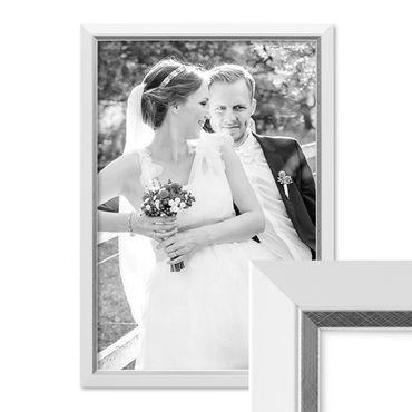 Bilderrahmen 30x42 cm / DIN A3 Weiss Modern mit Silberkante Massivholz-Rahmen mit Glasscheibe und Zubehör / Fotorahmen
