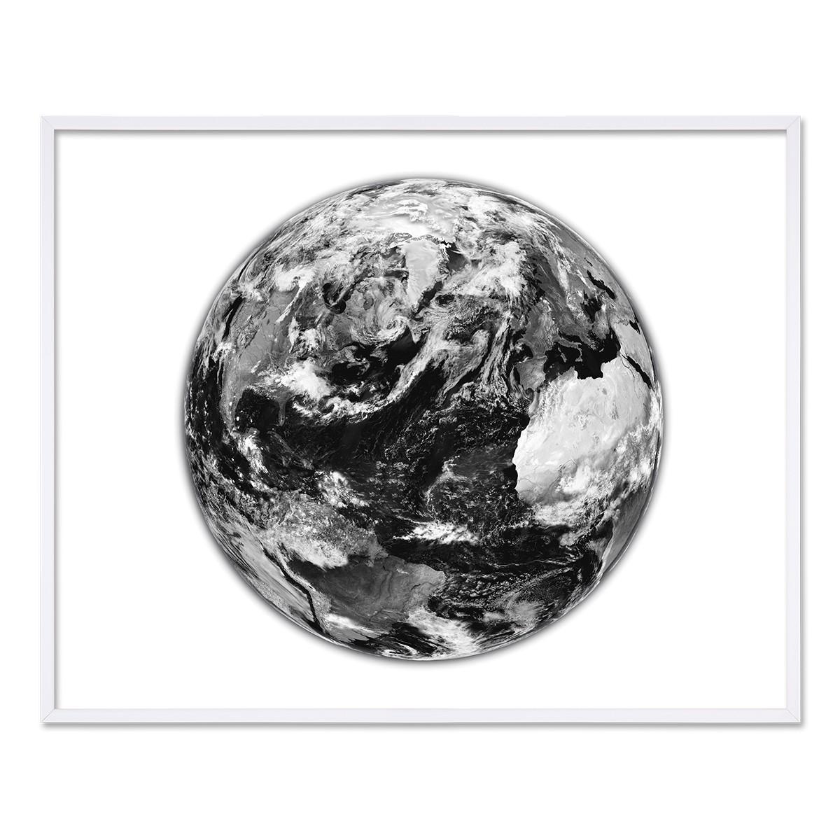 poster mit bilderrahmen weiss 39 earth 39 40x50 cm schwarz weiss motiv erde welt rahmen gr e 40x50 cm. Black Bedroom Furniture Sets. Home Design Ideas