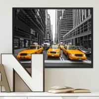 Poster mit Bilderrahmen Schwarz Taxi 30x40 cm Motiv Stadtbild New York City Foto Modern