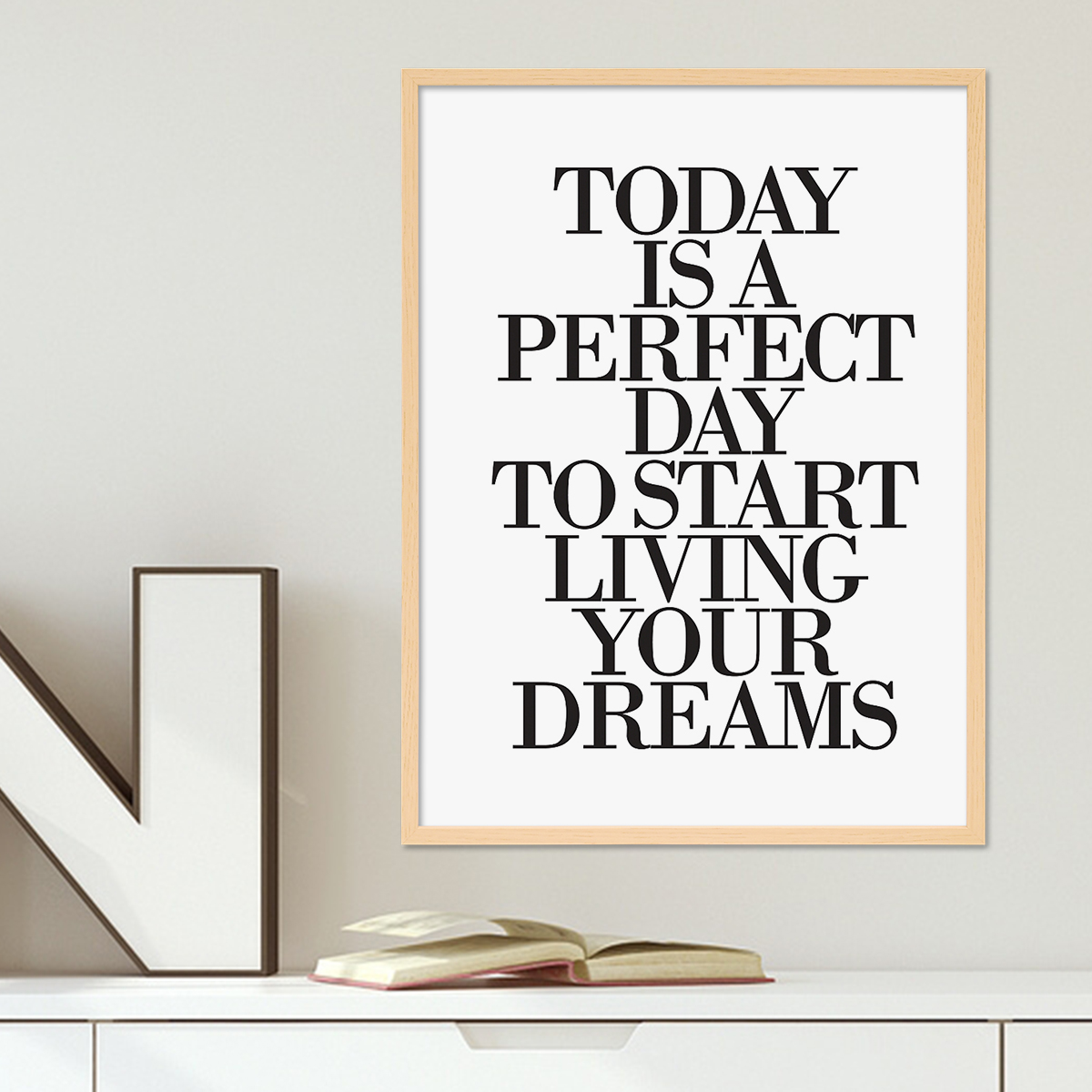 design poster mit bilderrahmen natur 39 today is a perfect day 39 30x40 cm schwarz weiss typographie. Black Bedroom Furniture Sets. Home Design Ideas