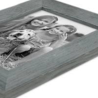 Holz-Bilderrahmen Grau Lasiert Massivholz Gebürstet 10x15 cm / Holzrahmen / Fotorahmen – Bild 3